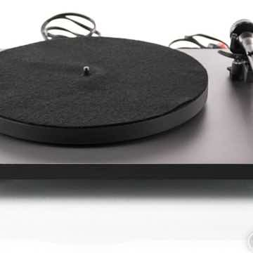 P1 Belt Drive Turntable; RB100 Tonearm (No Cartridge); RB100