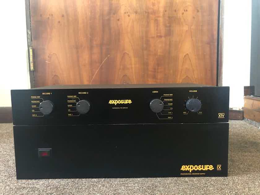 Exposure  Model XIV 14 w/ Model IX 9 Power Supply
