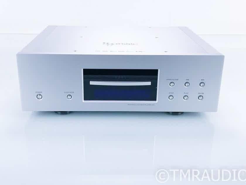 Esoteric UX-1 DVD / SACD / CD Player; Remote (16702)