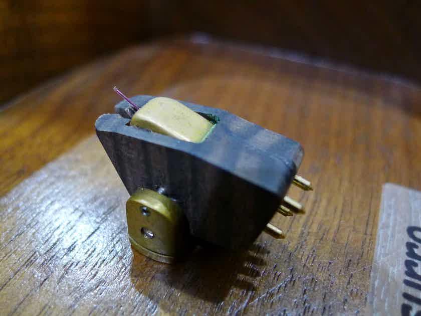 Soundsmith Sussurro MC phono cartridge. Brandnew. Free shipping worldwide !