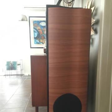 Coincident Speaker Technology Dynamites