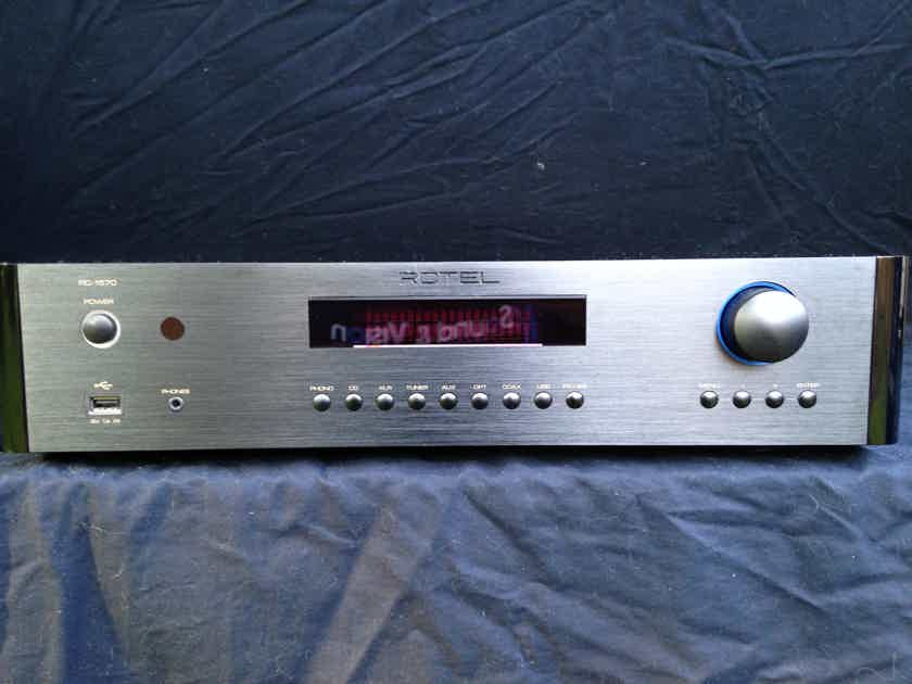 Rotel RC-1570 Preamp Black