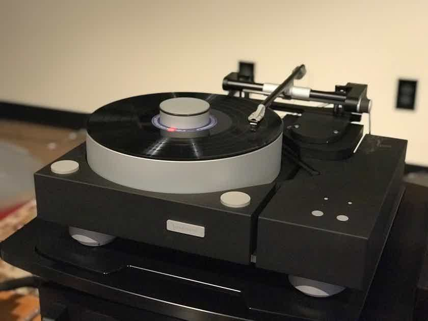 Bergmann Galder Turntable with Odin Tonearm - Air Bearing!