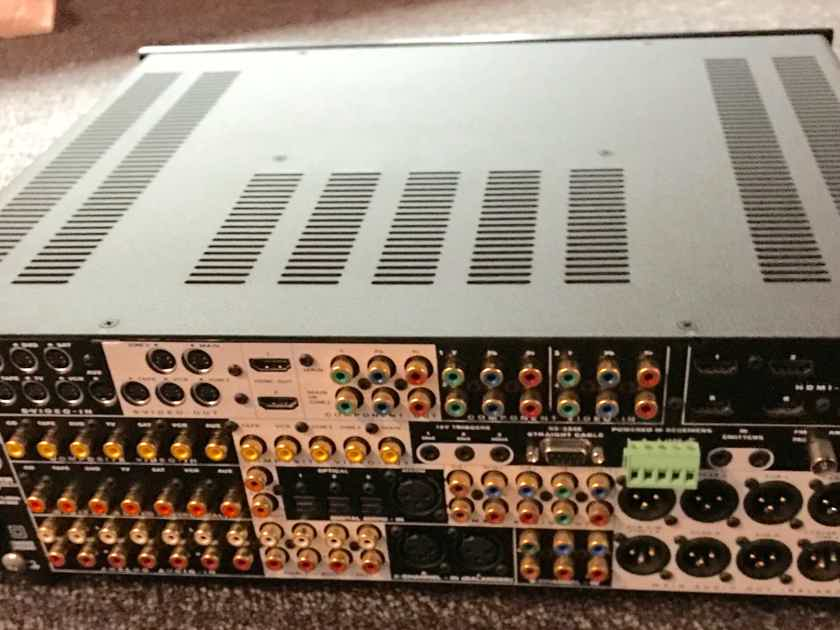 Anthem AVM-50 Top AV Sur Processor !