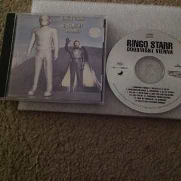 Ringo Starr - Goodnight Vienna Apple Records Compact Di...