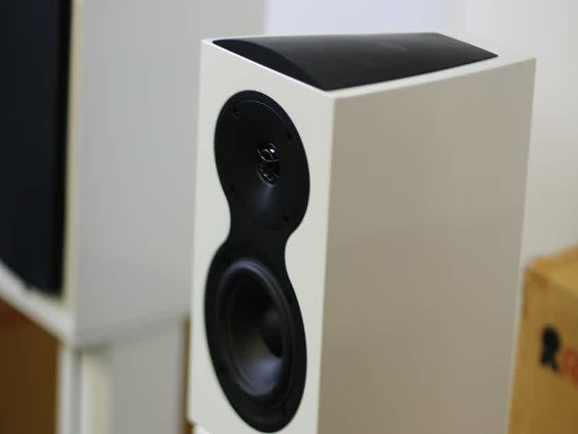 Revel Performa3 M105 Bookshelf Speakers(PAIR) with  MSTANDS Open Box