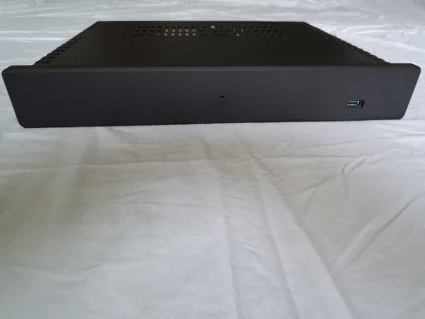 Small Green Computer  CAPS V3 Zuma Server with HDPlex 100W Linear Power Supply