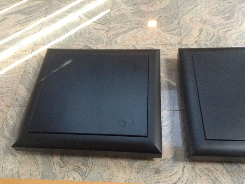Finite Elemente Reference Amplifier Stand One Pair