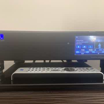 PS Audio DirectStream DAC w Factory Installed Bridge ll...