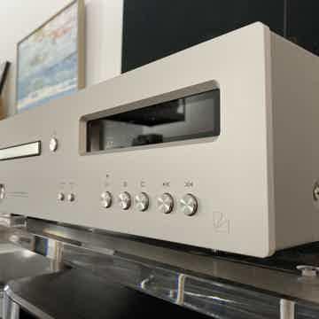 Luxman Luxman D-05 Super Audio CD [SACD] Player