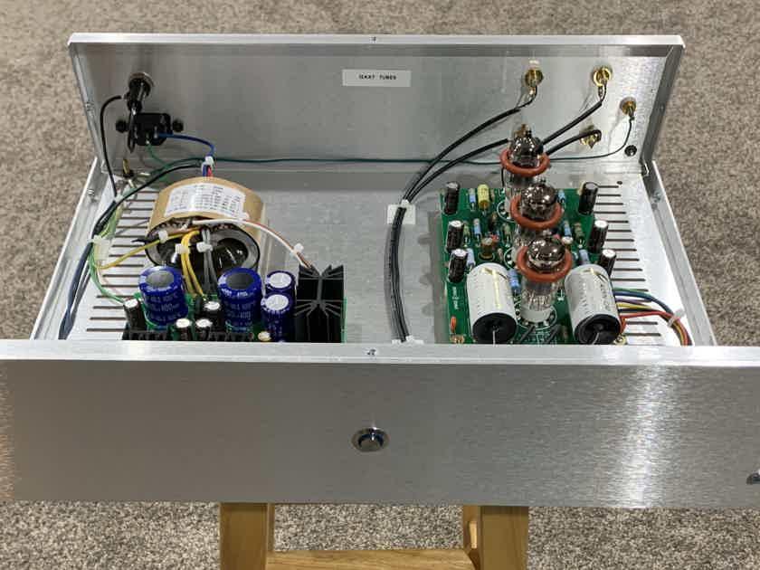 Custom Design Tube Phono Preamp. EAR 834 Inspired. Excellent!