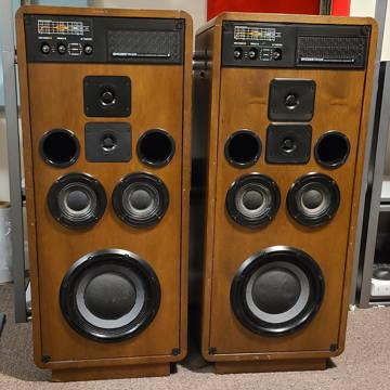 Koss CM-1030 Loudspeakers.