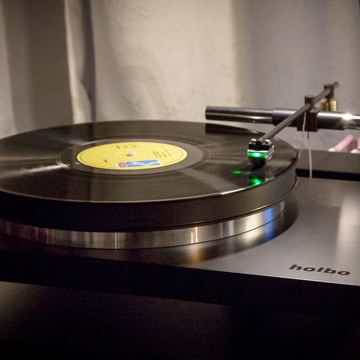 Holbo Airbearing Turntable System with airbearing linea...