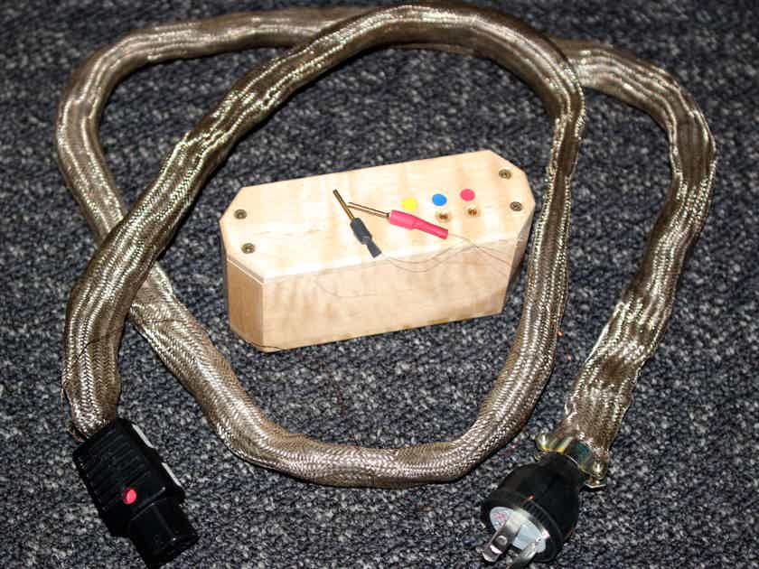 OMEGA MIKRO LCX  ACTIVE POWER CORD (Mapleshade)