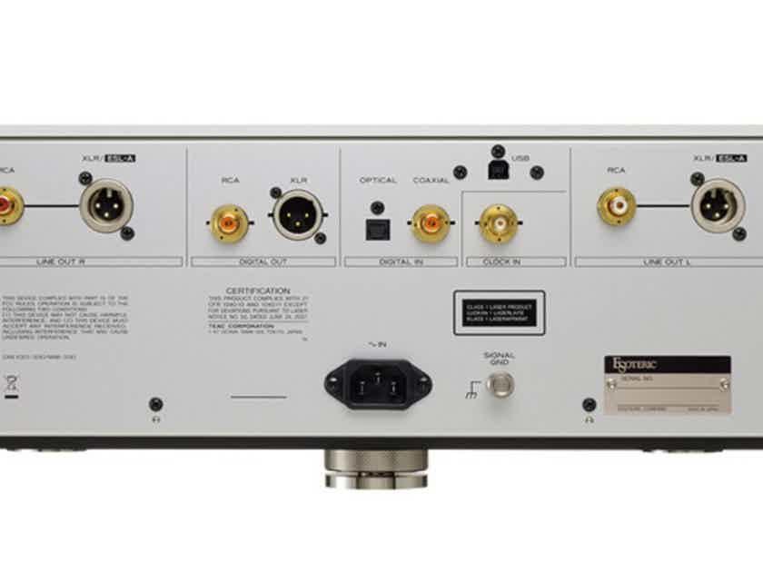 Esoteric K-03Xs CD / SACD Player; K03XS; Silver (New) (27322)