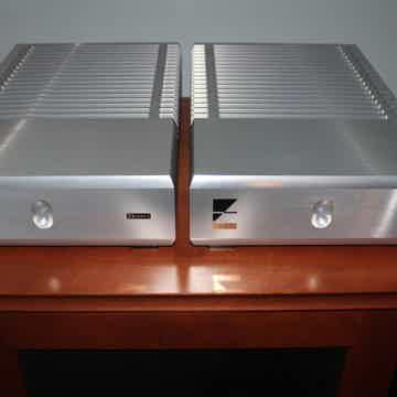 Ayre Acoustics MXR Twenty mono amps (2) - Silver