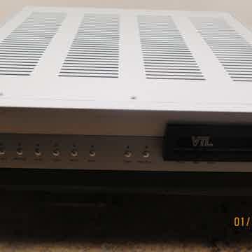VTL Pre Amp