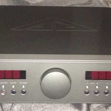 Analog Domain Isis M75D Mk II Mint Dealer Demo