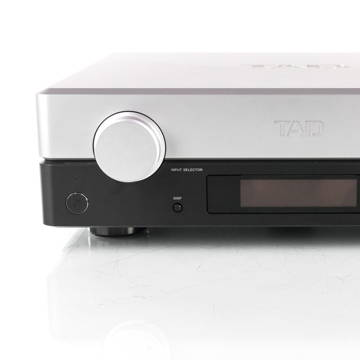 TAD C2000 Stereo Preamplifier