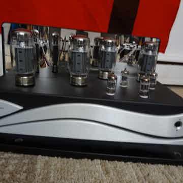 Zesto Audio Bia 120 amplifier