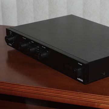 Audiolab 8000Q