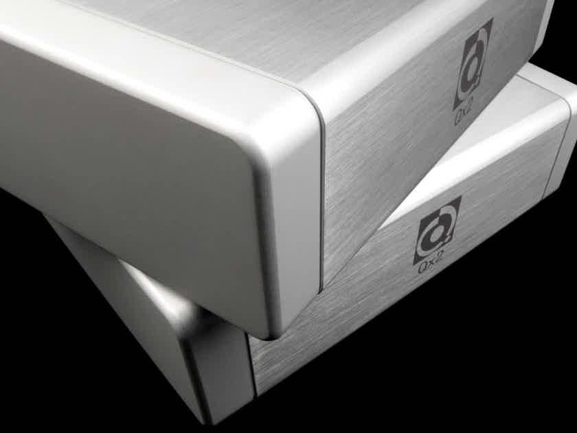 Brand new Nordost QRT QX4 Power purifiers conditioner-WARRANTY-