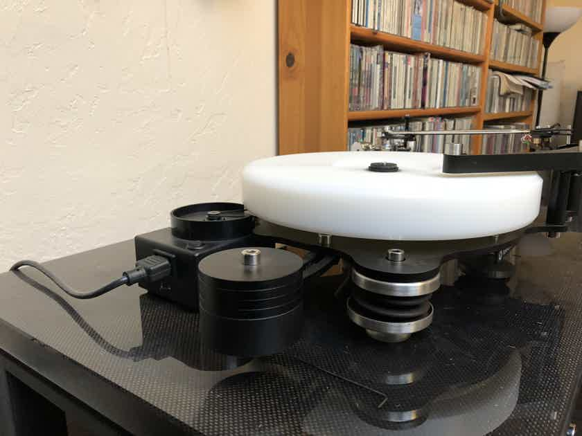 Townshend Audio Rock 7 Fabulous turntable with Moerch DP-8 tonearm