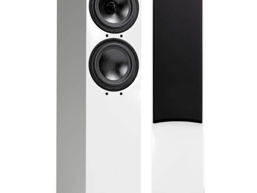 Spendor D7 White 2.5-Way Floorstanding Speakers - Meticulous Condition