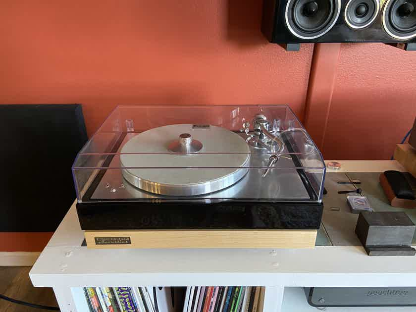 Ortofon (Pro-Ject) Century Turntable with Concorde Cartridge (Limited Edition!) PRICE REDUCED