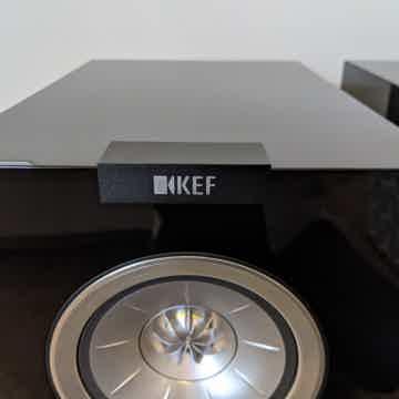 KEF R300