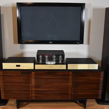Conrad Johnson ART 150 Stereo Amplifier NIB