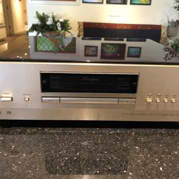 Accuphase DP-700