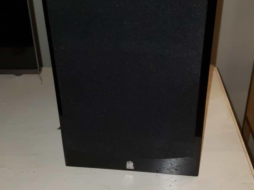 Revel Performa3 M106