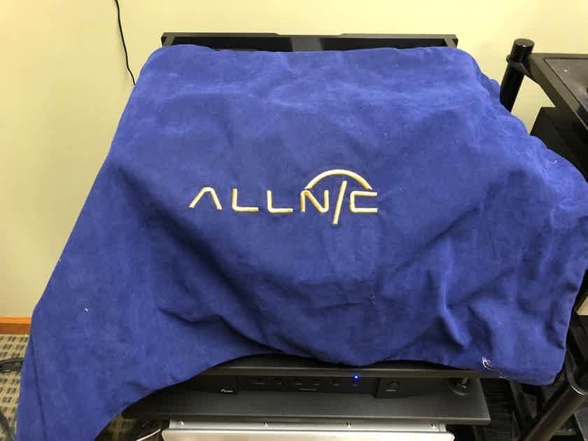 Allnic Audio L3000 mk2 Reduced