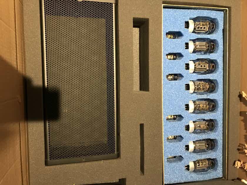 "McIntosh MC-2000 50 anniversary tube amplifier ""MINT"" VERY RARE"