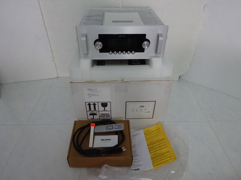 Audio Research Reference 6 like new condition - Free Shipping (220-240v@50/60Hz)