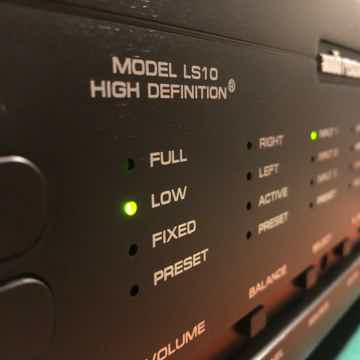 Audio Research  LS-10