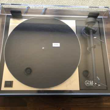 Linn LP12 with Akito 2 a 25th annivarsary edition