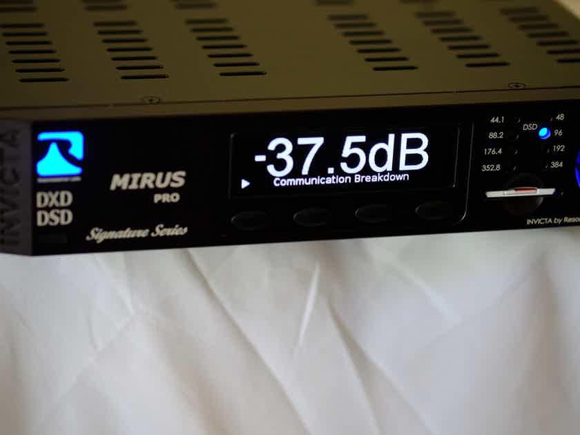 Resonessence Labs Invicta Mirus Pro Signature