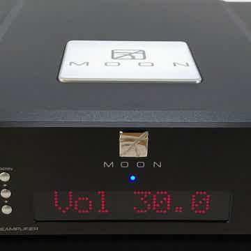 Simaudio Moon Evolution 740P Analog Preamplifier - Comp...