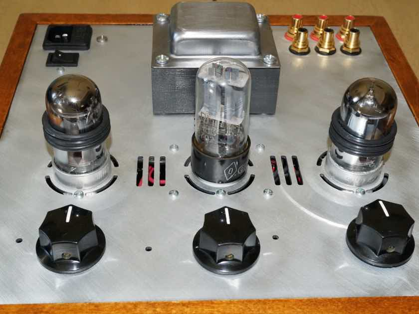Bottlehead Smash DHT pre-amplifier, with Smashup upgrade, spare tubes.