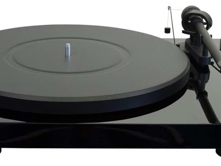 Pro-Ject Audio Systems Debut Carbon Phono USB