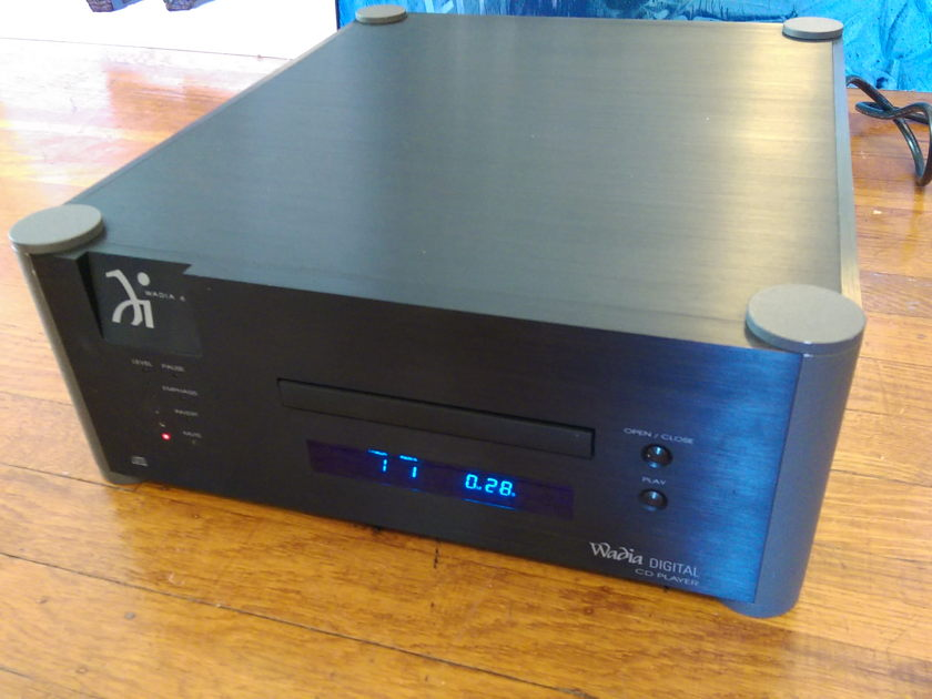 Wadia 6 CD player - Superb Performance @ Best Price