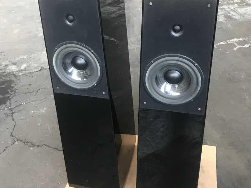 Verity Audio Tamino Floor Speaker – Piano Black Gloss Finish - 1/pair – USED
