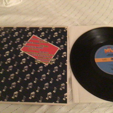 New Musik Promo 10 Inch NM Straight Lines