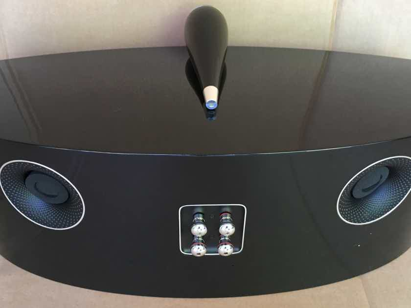 B&W (Bowers & Wilkins) HTM2 D3 Center Channel - CURRENT DIAMOND MODEL - MINTY -