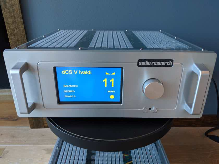 Audio Research REF10 Reference Linestage Preamplifier