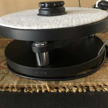 10 Turntable with SME Arm