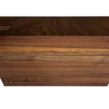 "Butcher Block Acoustics 22"" X 16"" X 3"" Walnut Edge-Grain Audio Platform With Spikes"