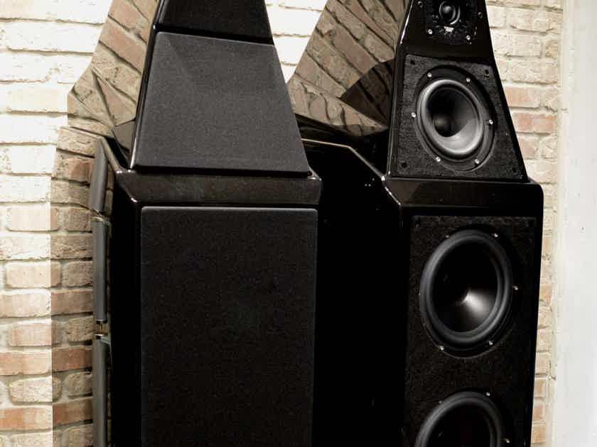 Wilson Audio Sasha 2 - Obsidian Black / Black Trim / Black Grills